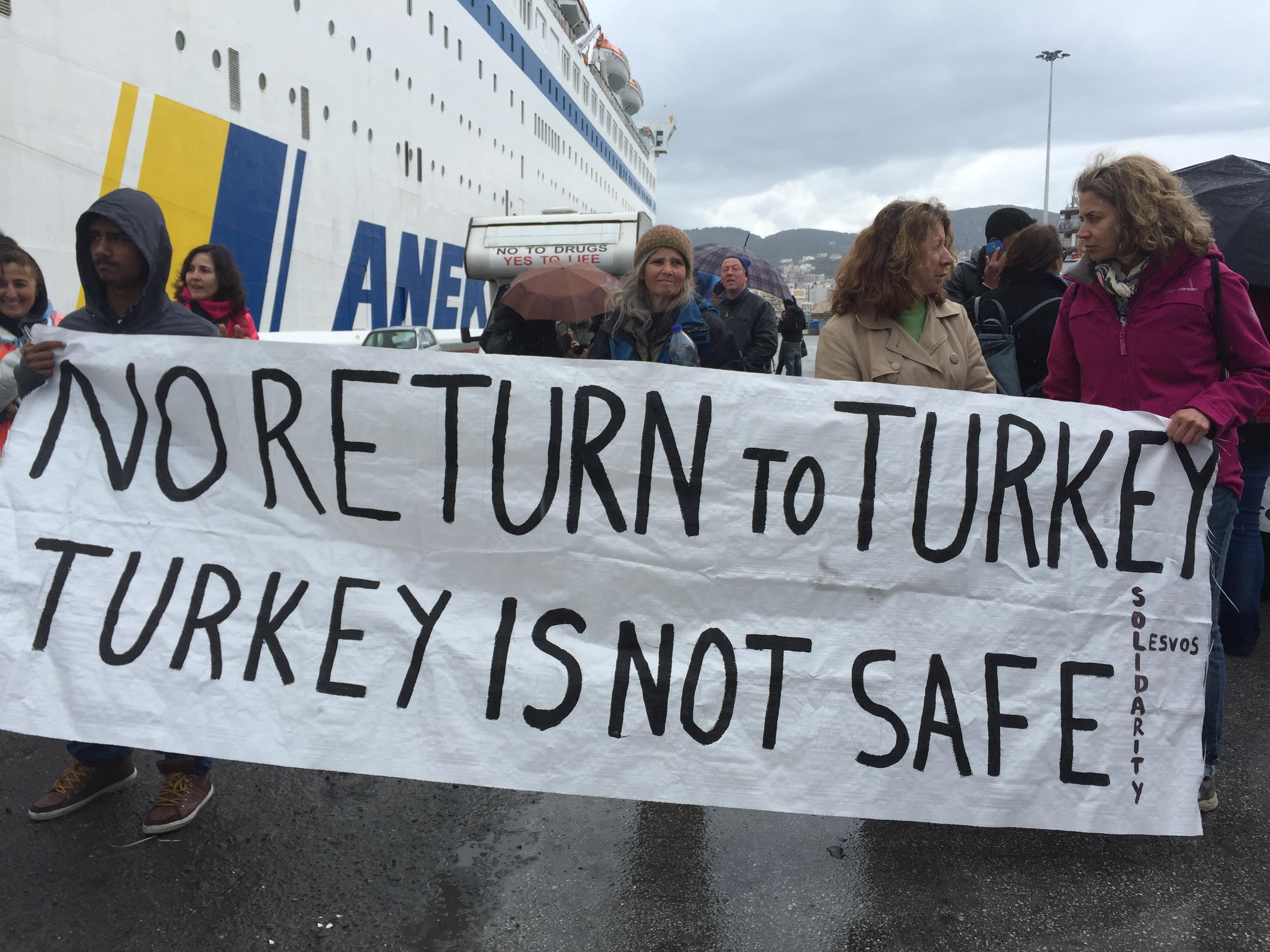 Nos sumamos a la denuncia de CEAR del Acuerdo UE Turquía